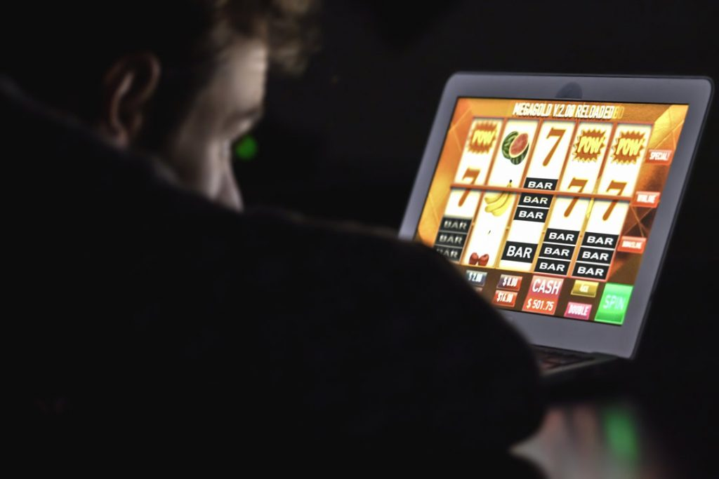 Online-Casino-Addiction-Image